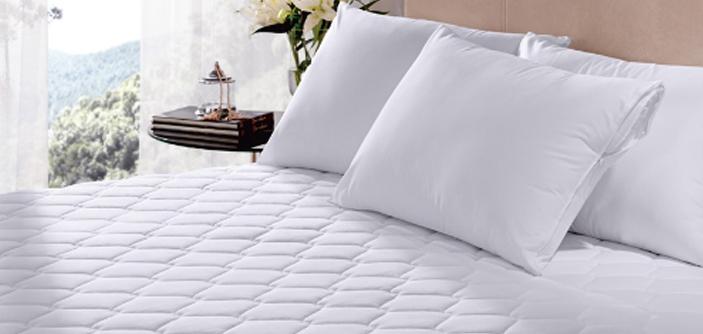 9b44b78086 Por que você deve colocar um protetor de colchão na sua cama
